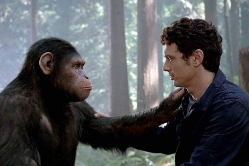 """La scena finale de """"L'alba del Pianeta delle Scimmie"""". La prima e ultima frase della scimmia sarà """"Cesare è a casa""""."""