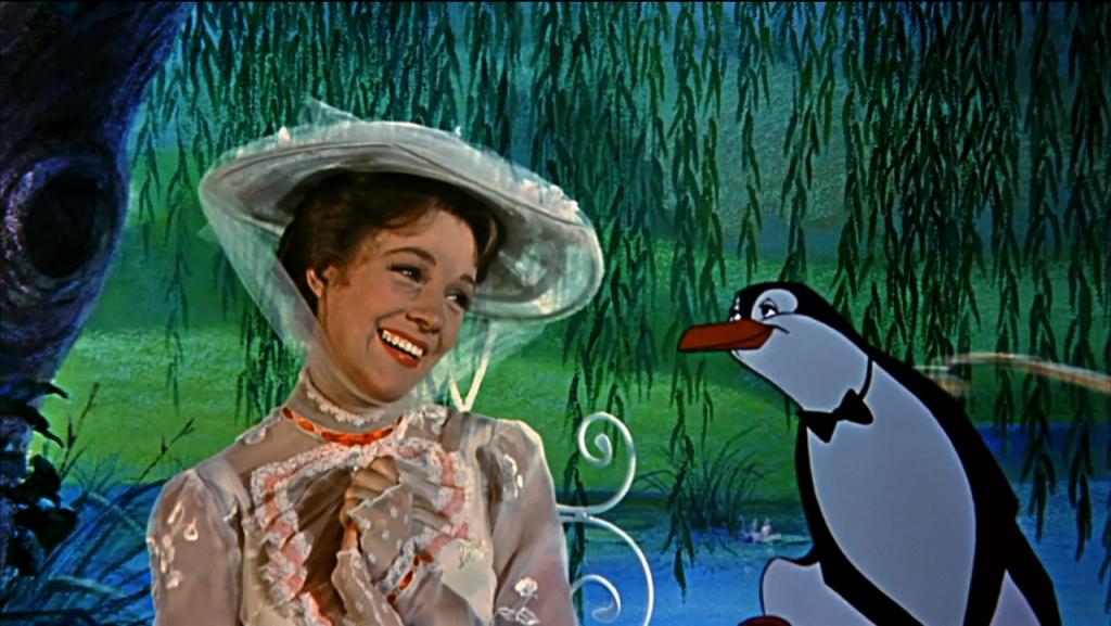 Julie Andrews nei panni di Mary Poppins, durante la scena animata dei pinguini.