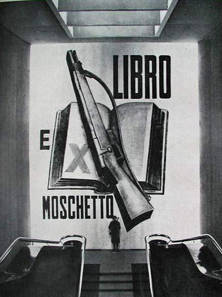 """""""Libro e Moschetto: il Fascista perfetto!"""" recitava lo slogan."""