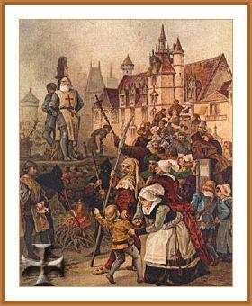 Si dice che prima di Morire Giacomo di Molays predisse la morte di Filippo e di Clemente V entro la fine dell'anno. E così fu.